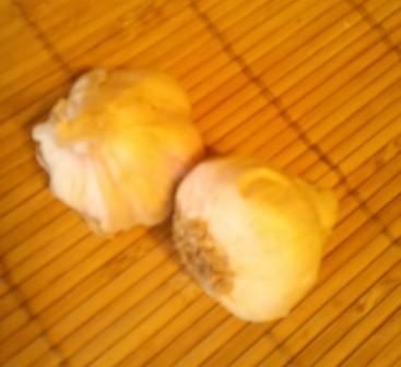 Garlic cream and vaginitis