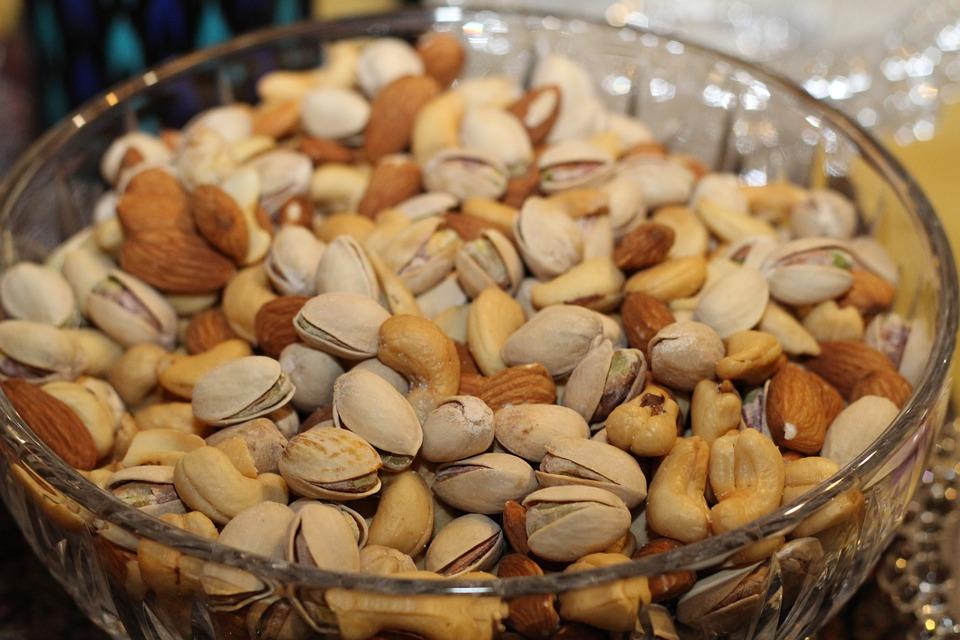 pistachios almonds boost probiotics